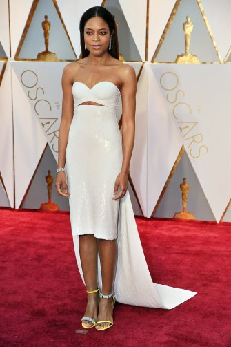 oscars-red-carpet-2011-naomie-harris-superjumbo-v3